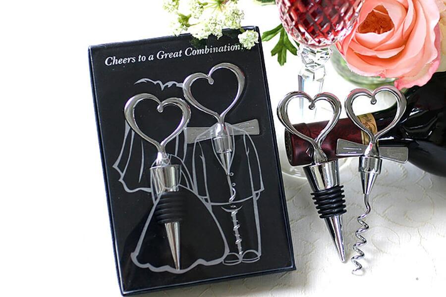 婚禮小物,婚禮小物推薦,婚禮小物價格,實用婚禮小物湯匙組,造型筆,手帕,機環扣,耳掏棒,造型毛巾,開瓶器,手機架,沐浴球,手帕,謝卡夾