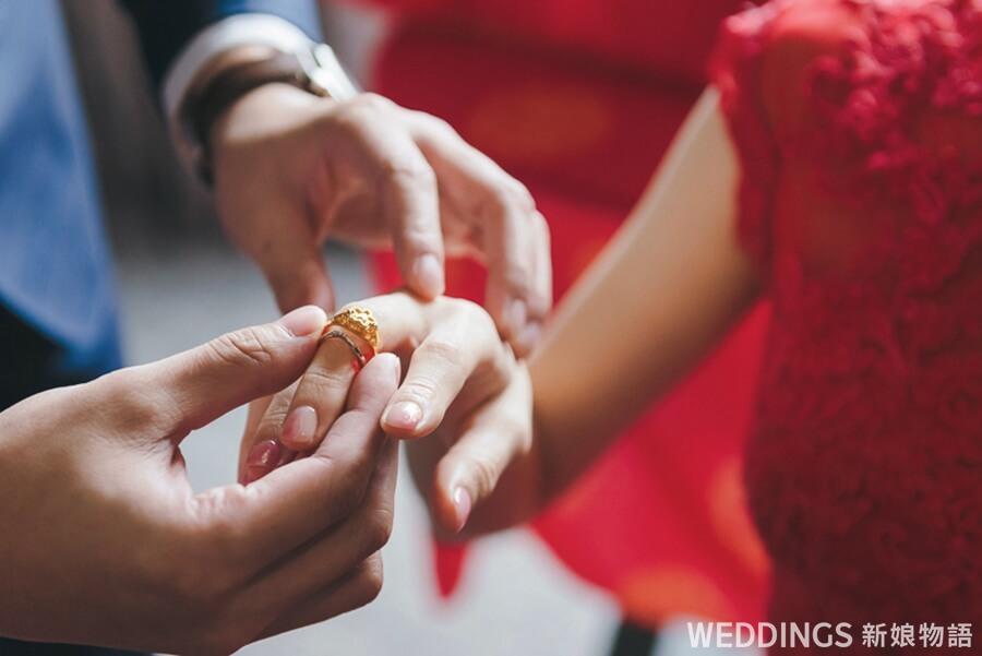 訂婚戴戒指,訂婚戒指,文定,訂婚,戴戒指